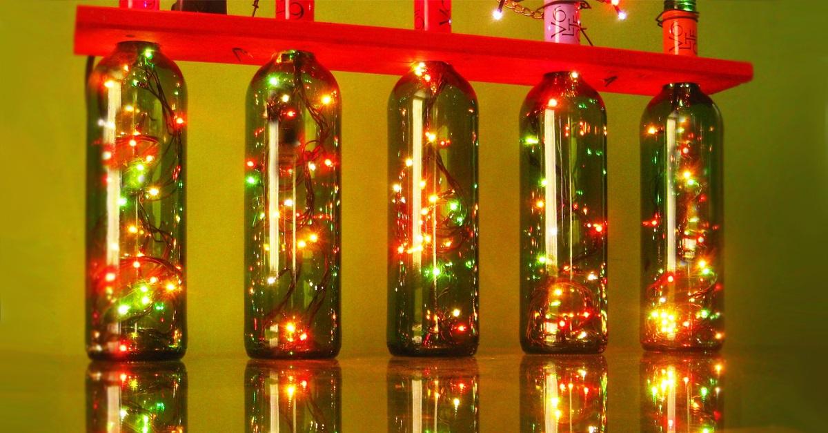 Centros de mesa para navidad con botellas ideas creativas for Centros navidad para mesa